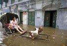 Индусы поплыли