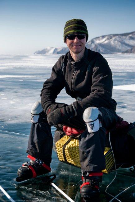 На коньках по Байкалу