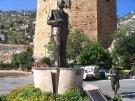 В Стамбуле сносят памятник Ататюрку