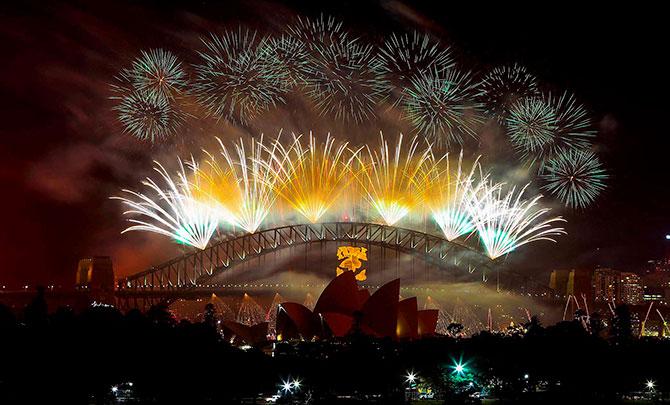 Новогодние фейерверки по всей планете