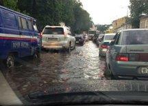 В Ярославле из-за дождя произошел потоп