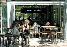 В сиднейском кафе за обед платят…поцелуями