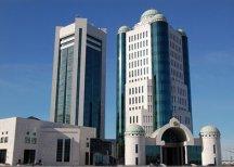 Казахстан наложил мораторий на усыновление детей американцами