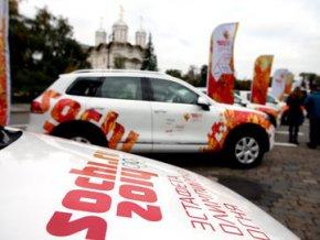 В Москве показали кортеж эстафеты Олимпийского огня
