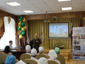 В Москве проходят литературные вечера в честь юбилея Расула Гамзатова