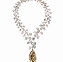 55 млн долл. на шее: на продажу выставлено самое дорогое в мире ожерелье