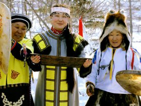 Олимпийский огонь Сочи прибыл в Южно-Сахалинск
