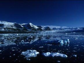Россия осваивает месторождения Арктики с помощью морских роботов