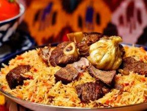 В Азербайджане представлено кулинарное искусство Узбекистана