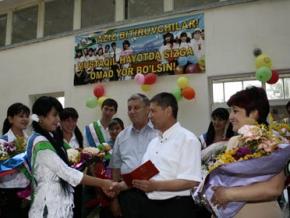 В Узбекистане выпускные вечера опять под запретом