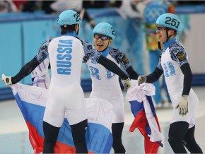 Российская сборная взяла золото в эстафете по шорт-треку