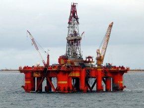 РФ может снизить добычу нефти для поддержания цены
