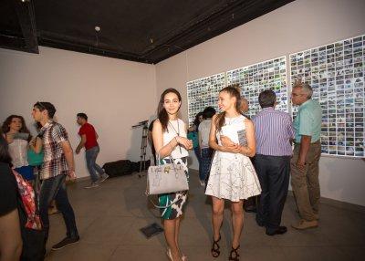 В галерее YAY состоялось открытие выставки «Нестерпимая легкость бытия»