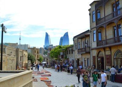 Азербайджан в связи с Евроиграми посещает множество туристов