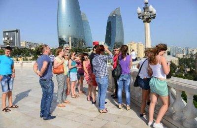 Ильхам Алиев пригласил российских туристов чаще посещать Азербайджан